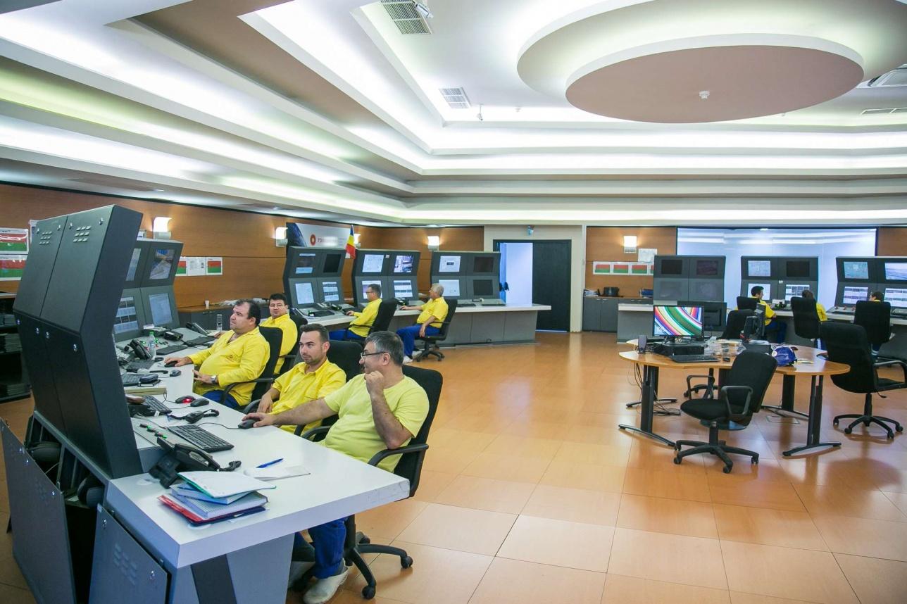 Комната управление НПЗ на втором этаже центра упраления