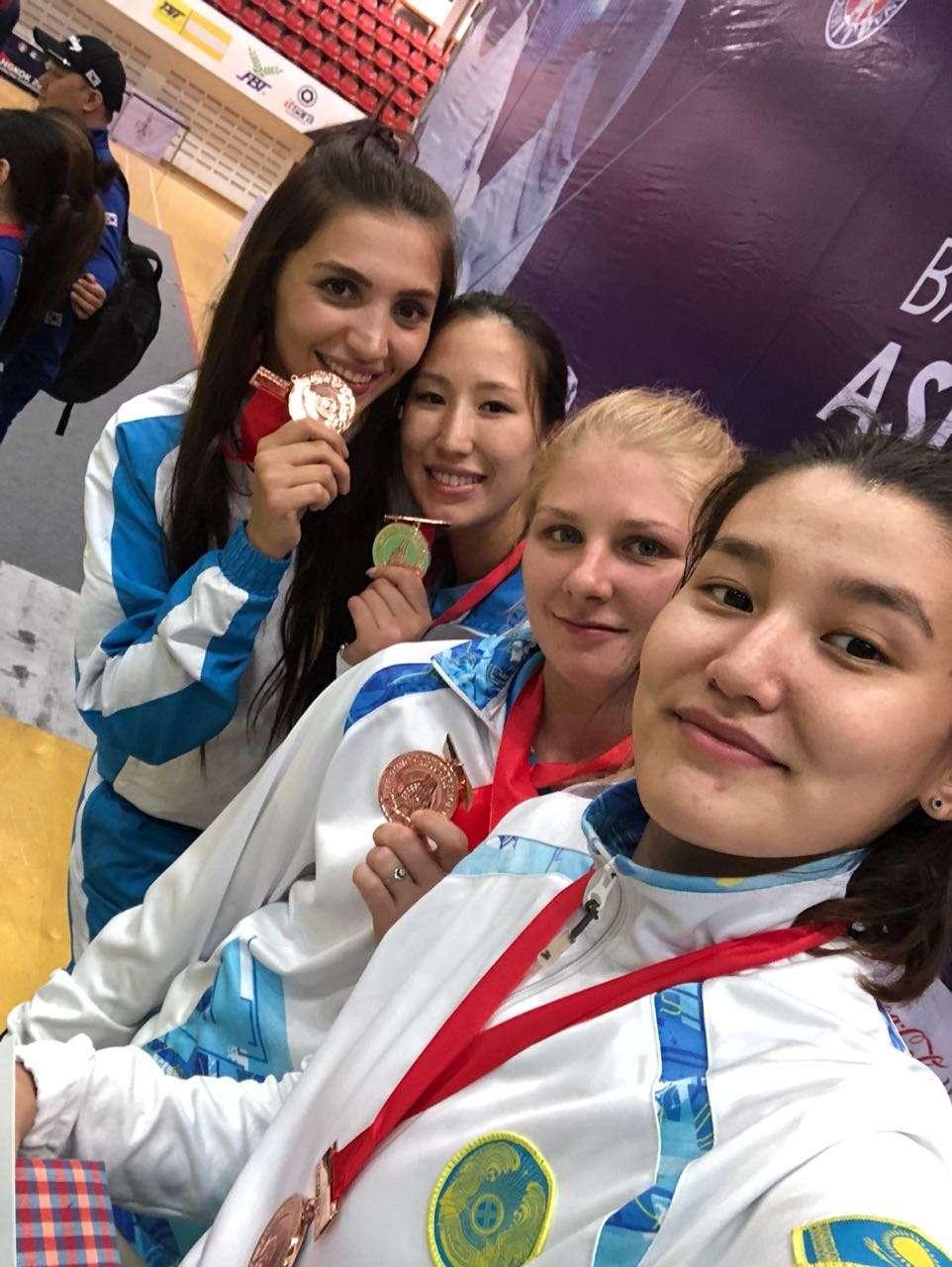 Женская сборная Казахстана по фехтованию