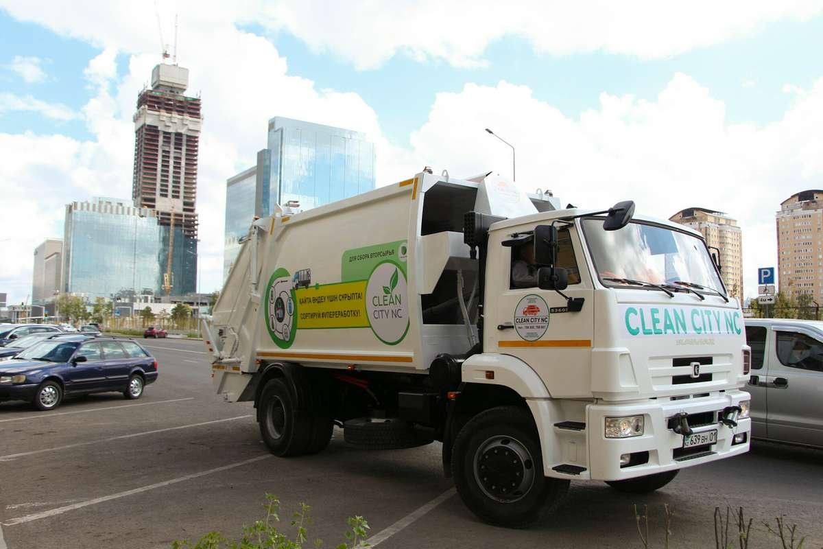 25 специальных авто будут собирать раздельный мусор