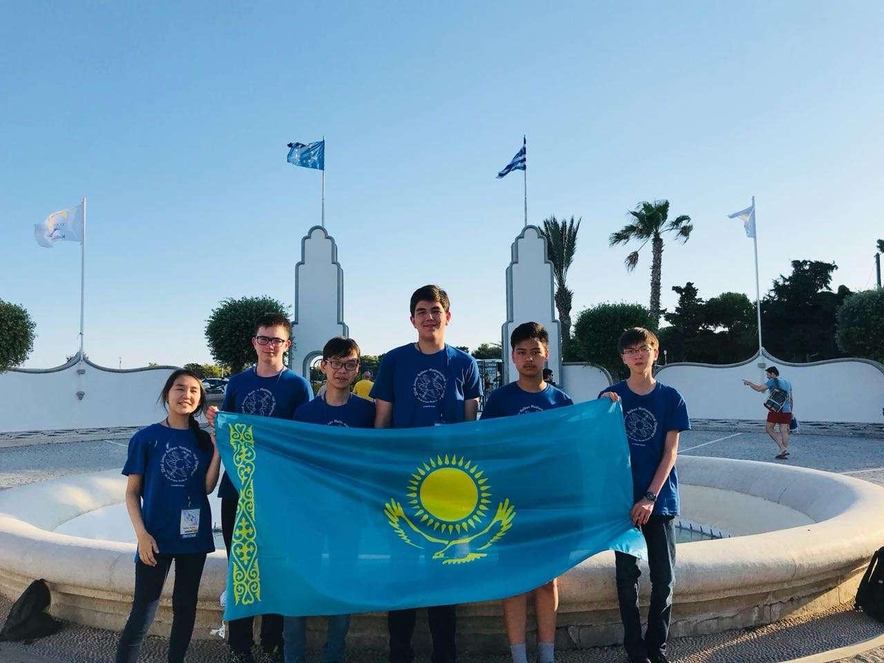 Сборная Казахстана оказалась сильнейшей в решении геометрических задач