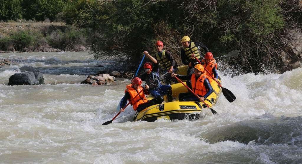 Рафтинг в Боомском ущелье на реке Чу