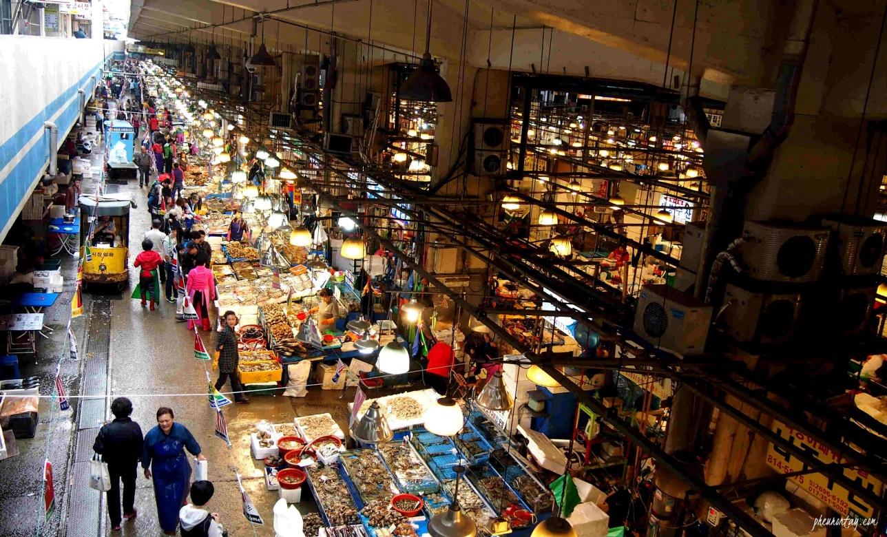 Рынок морепродуктов Норянжин