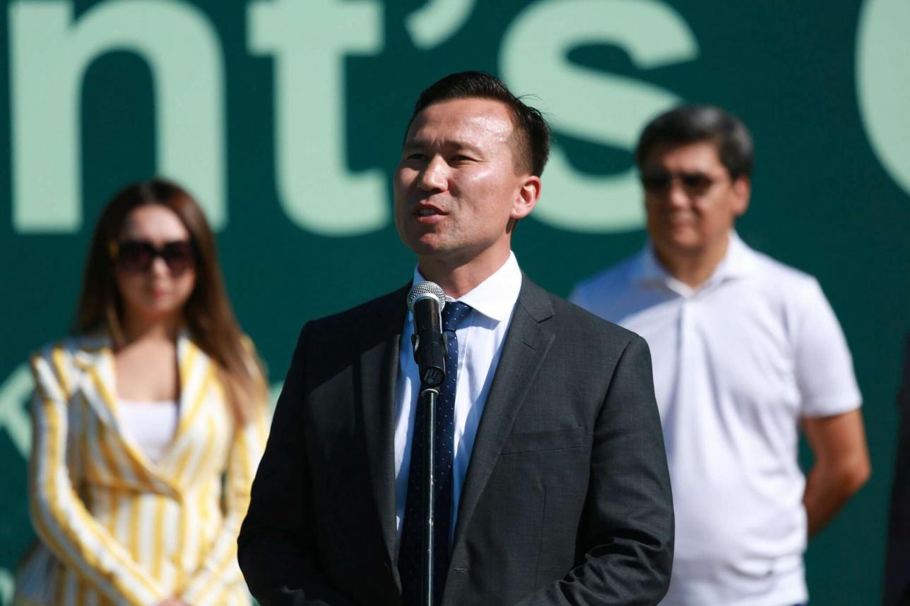 Вице-президента Федерации тенниса РК Диас Доскараев