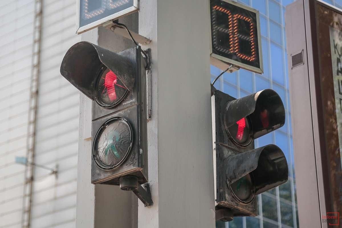 Светофоры тоже заменят и приведут к единому облику