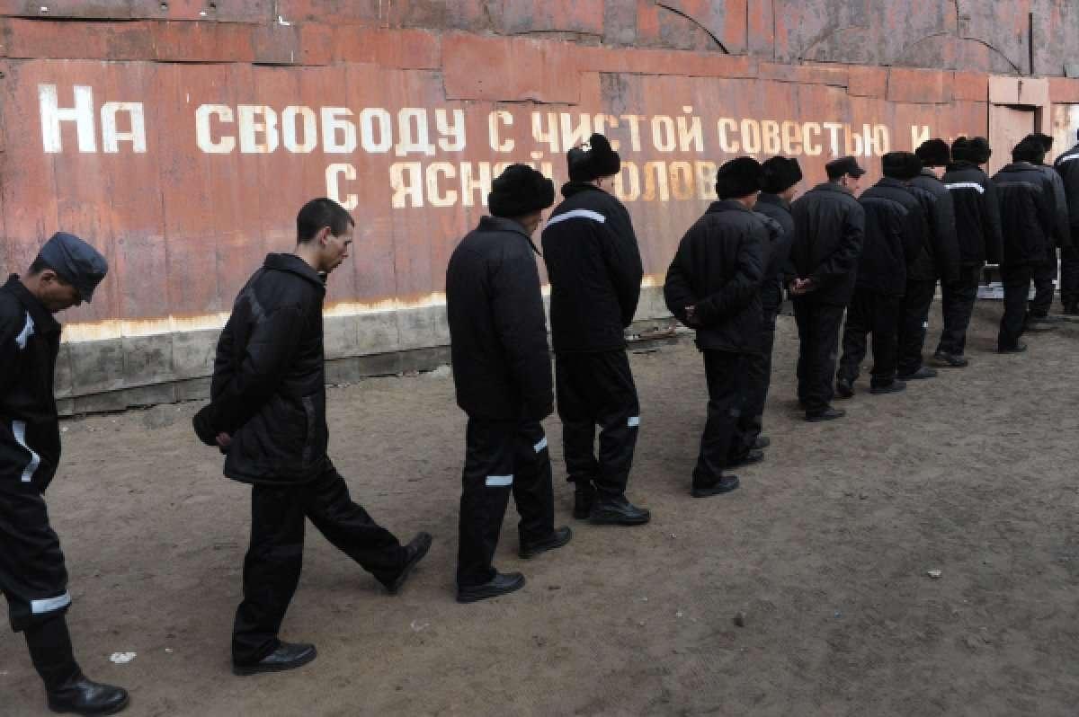 Условия содержания осуждённых в отечественных тюрьмах международные эксперты признают несоответствующими международным нормам