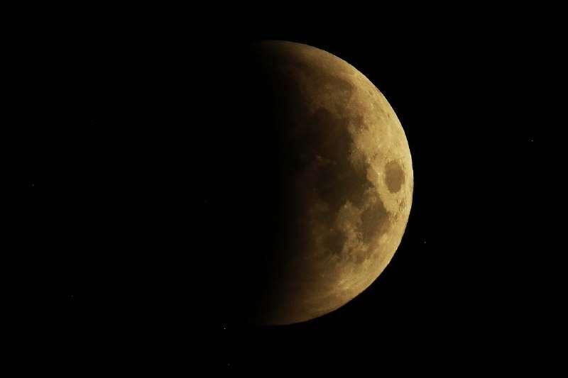 Это самое длительное затмение Луны в XXI веке