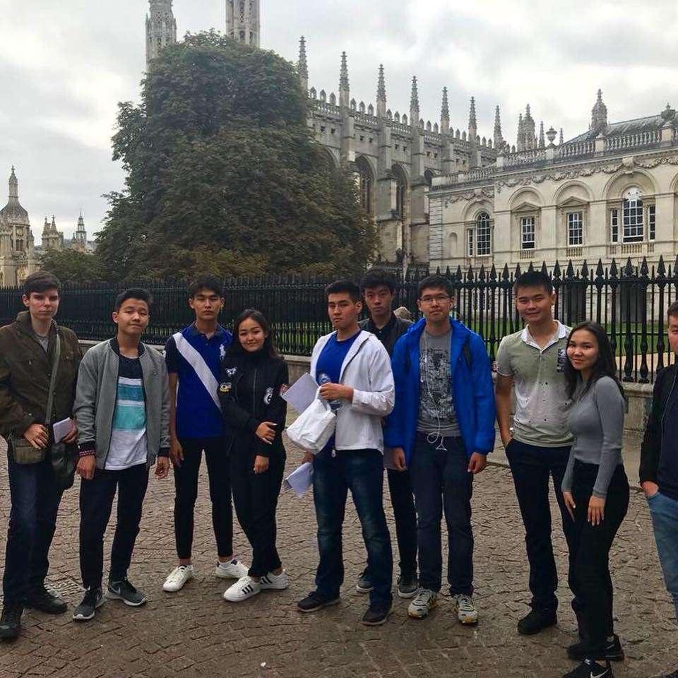 Стажировка завершилась экскурсией по Лондону и Кэмбриджу