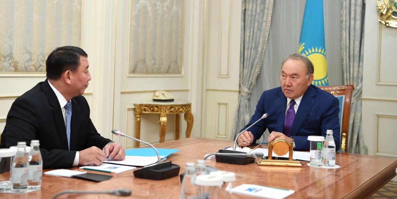 Нурсултан Назарбаев и Габит Байжанов