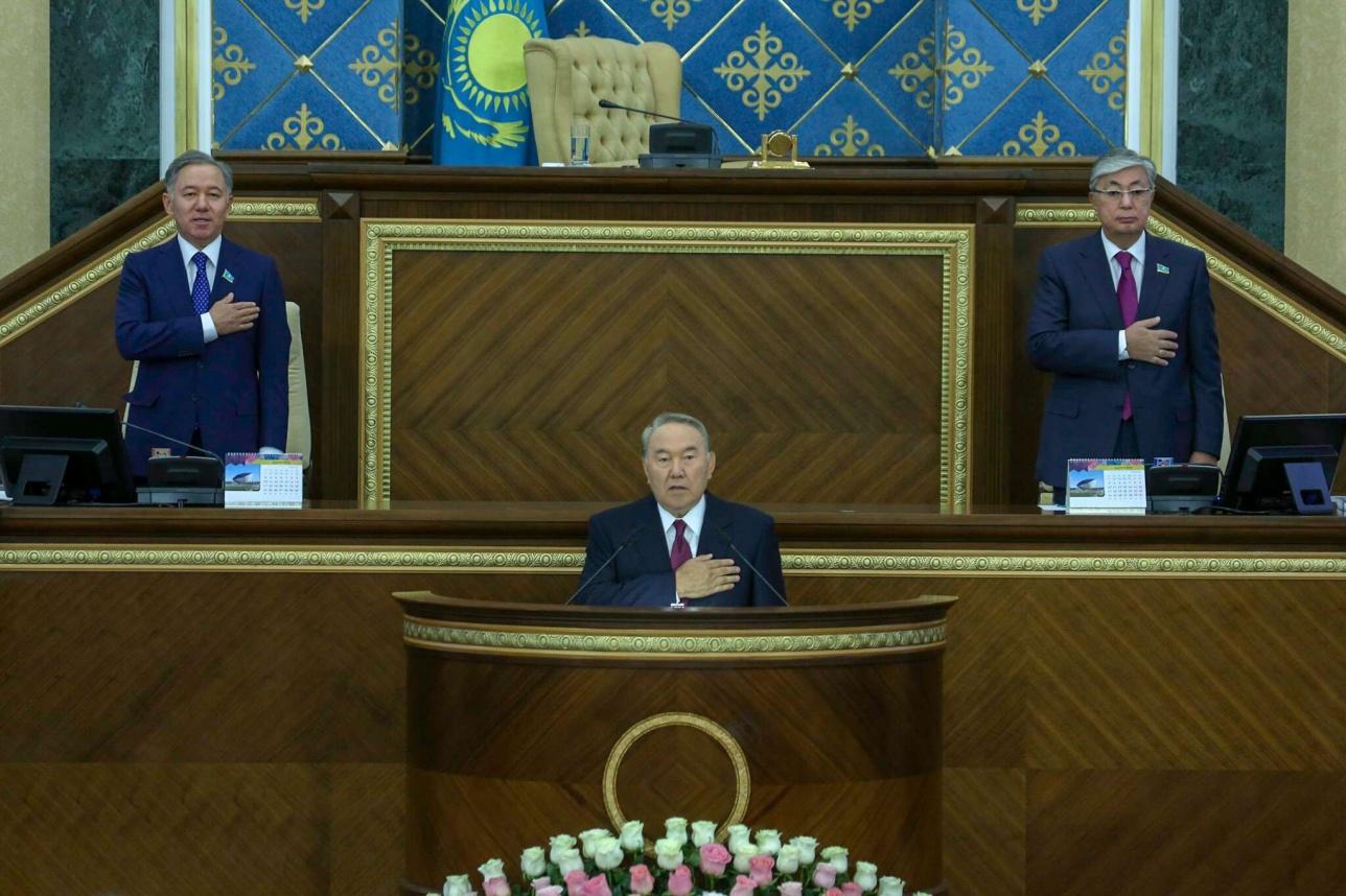 Нурсултан Назарбаев открыл совместное заседание палат Парламента