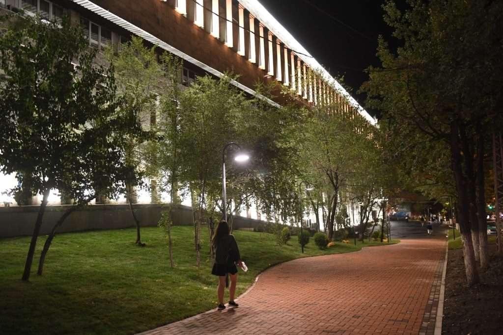 За два года подсветку установили на 130 объектах