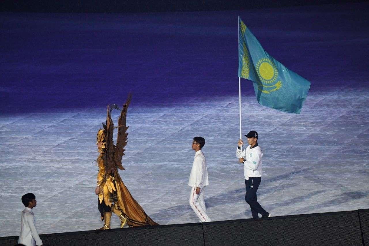 Казахстанцы приняли участие в церемонии закрытия Азиады-2018