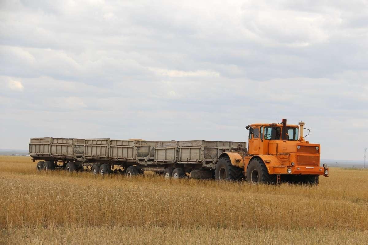 Почти 4 тонны топлива выделили сельхозформированиям района для сбора урожая