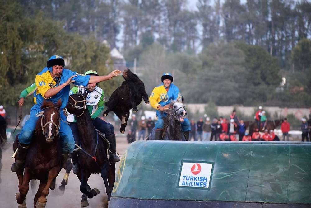 Полуфинал ВИК между Казахстаном и Узбекистаном