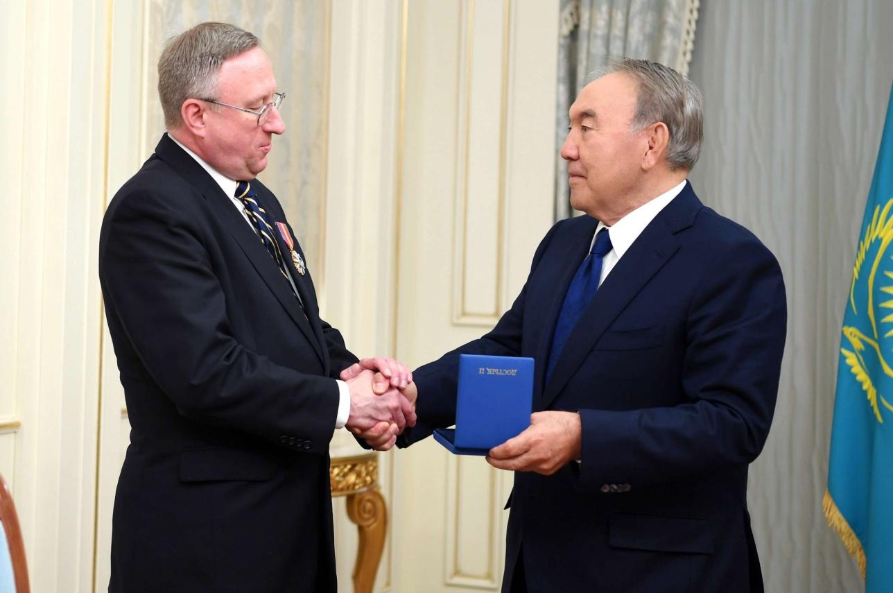 Нурсултан Назарбаев и Джордж Крол