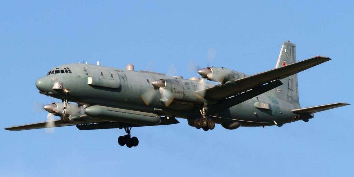 Cамолёт радиолокационной разведки Ил-20 в небе Сирии