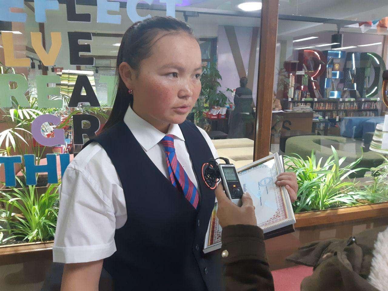 Айшолпан не намерена бросать тренировки в Казахстане ради учебы в школе