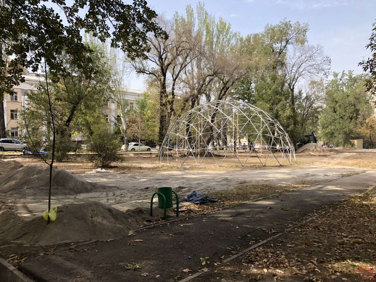 Сквер на Абылай хана - Курмангазы