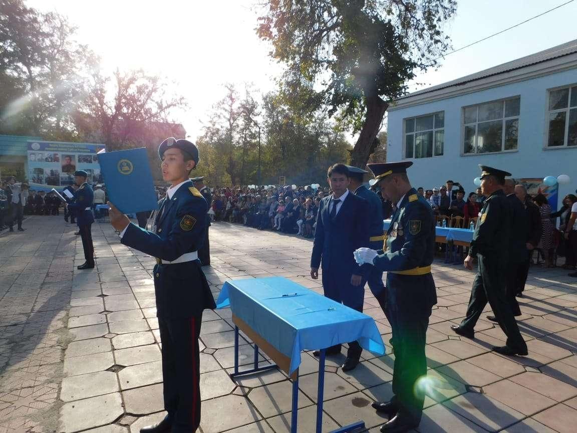 """Церемония принесения клятвы в школе """"Жас ұлан"""""""