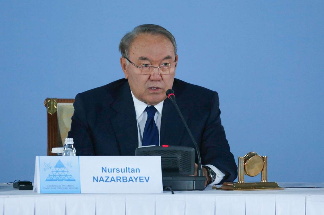 Глава государства также предложил всем духовным лидерам обратиться к мировому сообществу