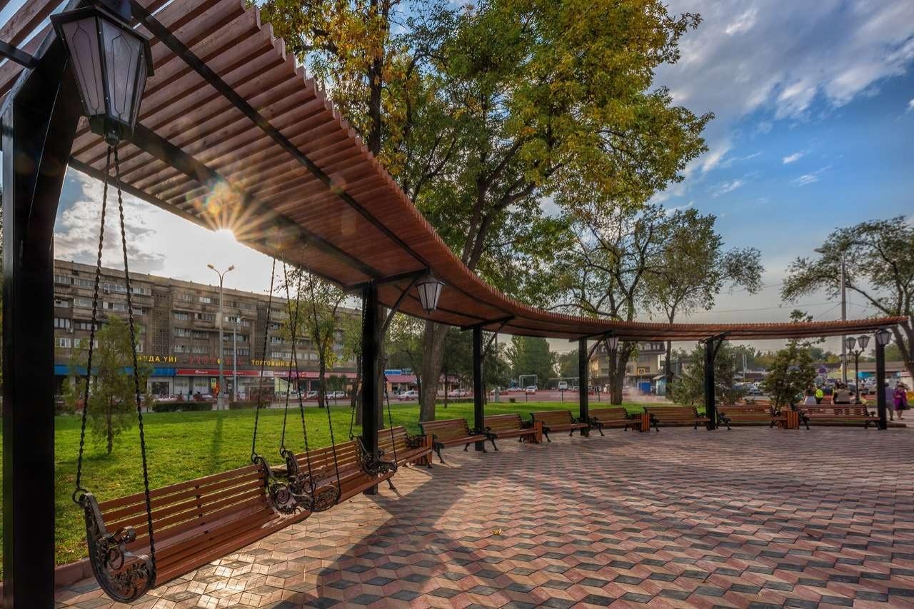 Привокзальную площадь благоустроили с приоритетом для пешеходов