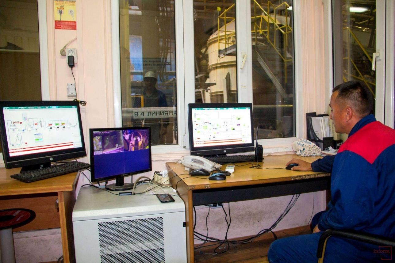 Процессы очистки контролирует автоматика и датчики, оператор - только мониторит процесс