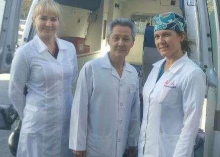 Бригада врачей, которая спасла жизнь роженице