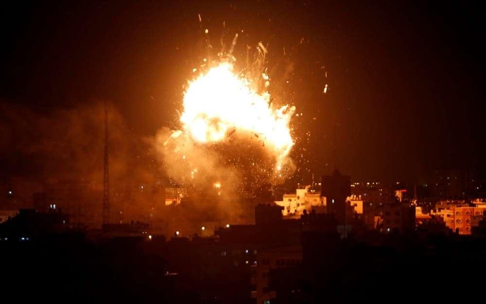 Израильские военные разбомбили телевизионную станцию ХАМАСа в секторе Газа