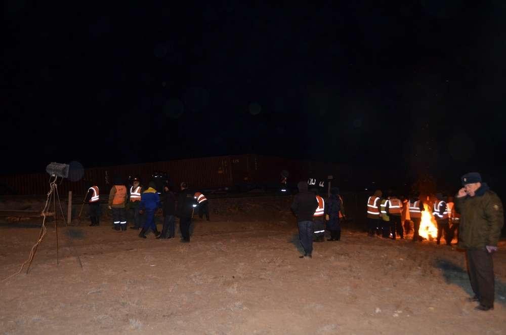 На месте происшествия работали 70 сотрудников аварийно-спасательной службы КТЖ и ДЧС