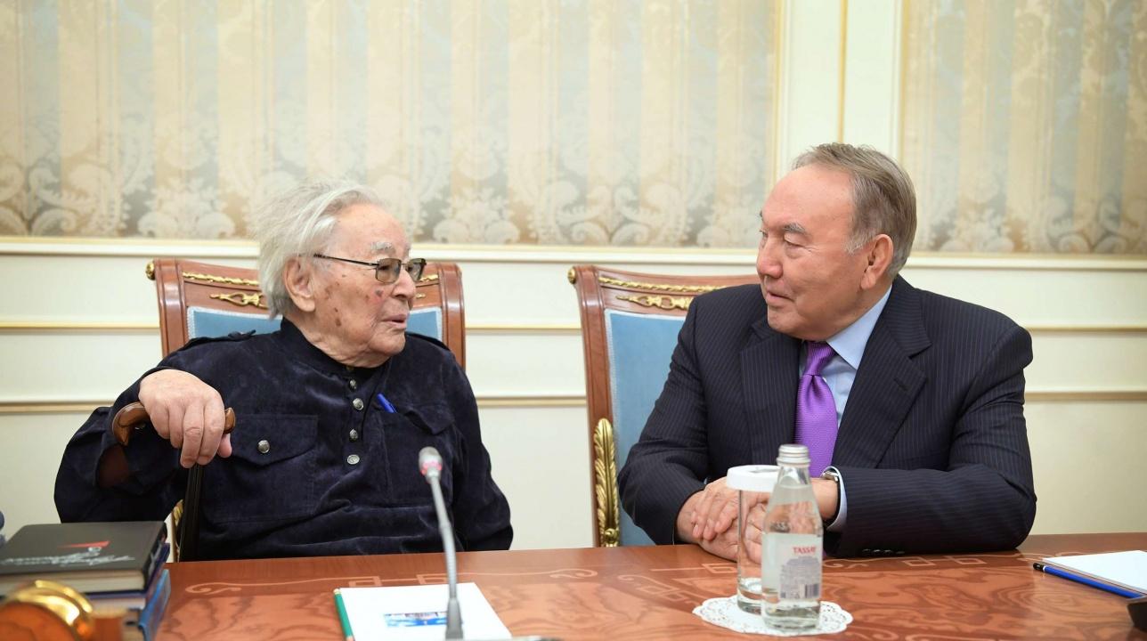 Президент встретился с Абдижамилом Нурпеисовым