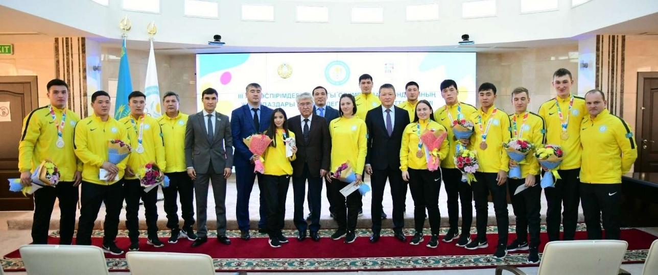 Чемпионов и призёров III летних Юношеских Олимпийских игр наградили в Астане