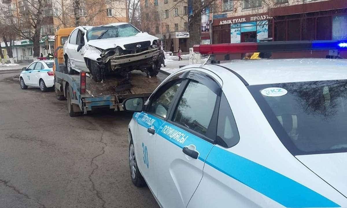 Флеш-моб полицейских в Усть-Каменогорске
