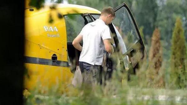Левандовски слетал в магазин на вертолёте