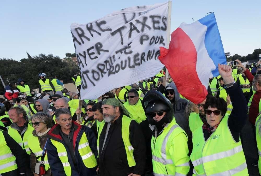 Количество участников акции протеста достигало 290 тысяч человек