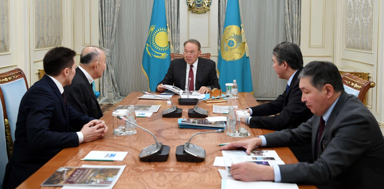Нурсултан Назарбаев встретился с президентом КИМЭП Чан Йан Бэнгом