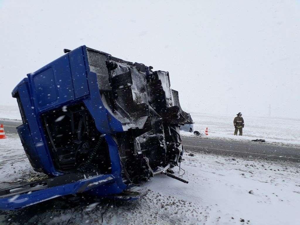 В ДТП в Оренбургской области погибли пятеро казахстанцев