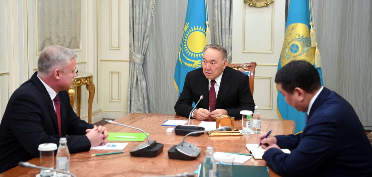 Назарбаев принял государственного секретаря совета безопасности Беларуси