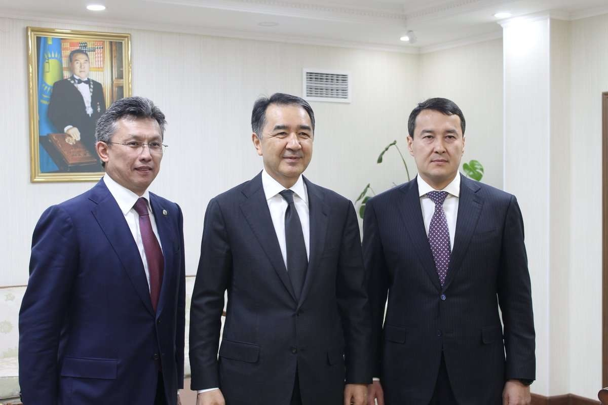 Любые назначения в своём кабинете премьер-министра Бакытжан Сагинтаев встречает с улыбкой