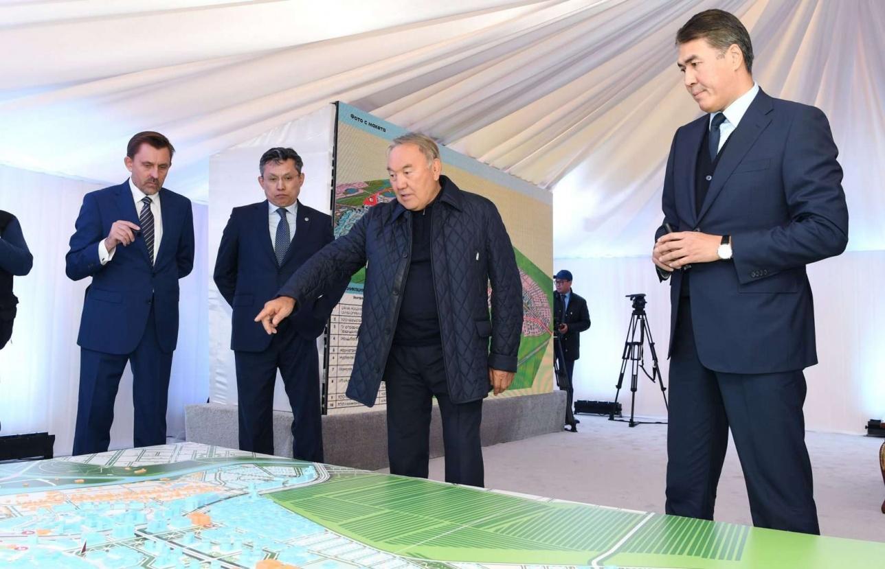 Бахыт Султанов уже в сентябре 2018-го докладывал Президенту о развитии столицы