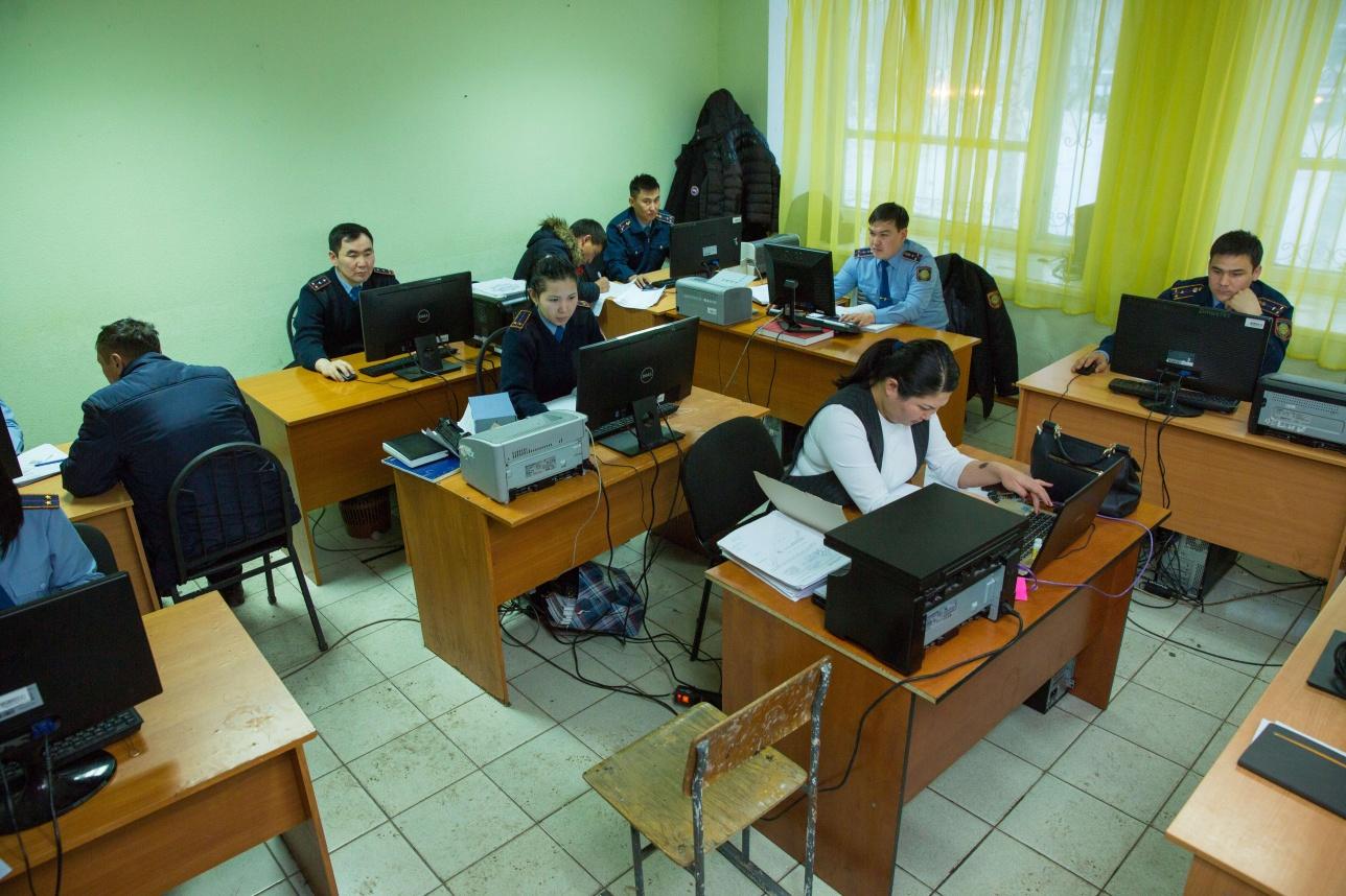 МВД не может обеспечить тысячам сотрудников комфортные условия работы