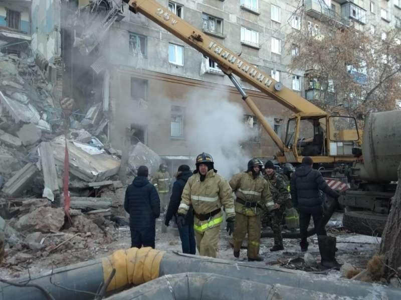 Обрушение подъезда произошло ранним утром, когда многие жильцы ещё спали