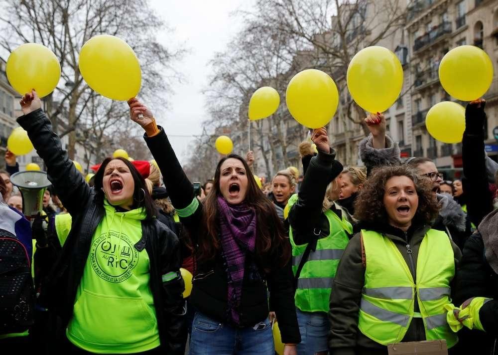 Несколько сотен женщин поддержали акцию протеста