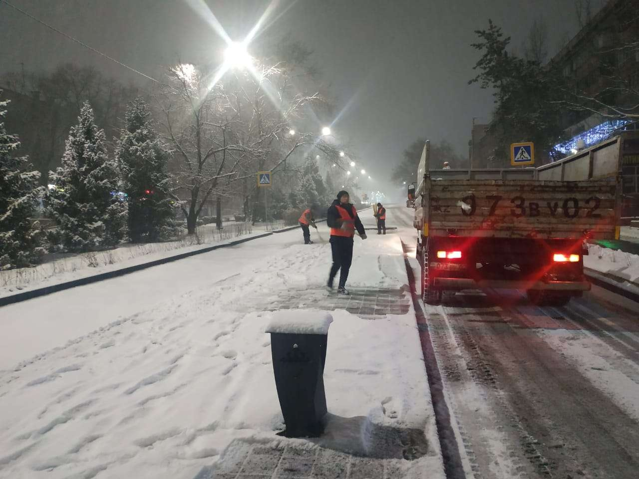 Работы по вывозу снега будут идти круглосуточно