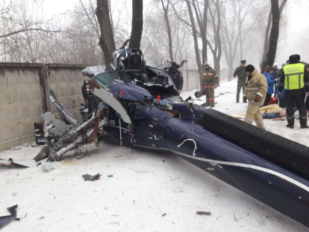 В Алматы упал вертолёт