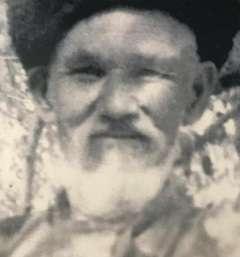 Абдікамал ұстаның 84 жастағы суреті