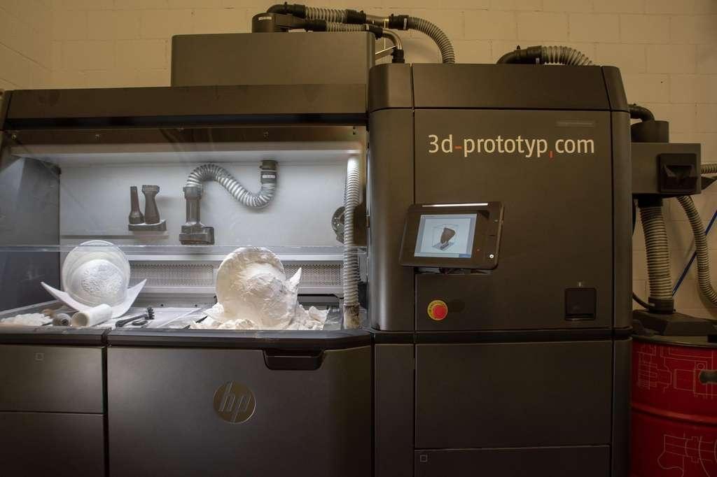 Процесс изготовления шлема на 3D-принтере