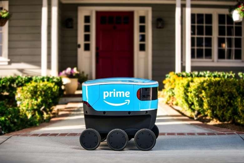 Самоуправляемый робот Amazon Scoute