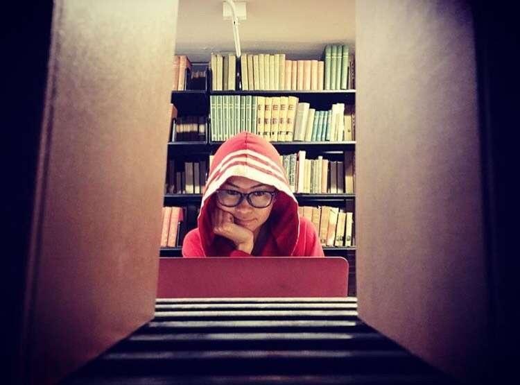 Ақнұрдың айтуынша, Колумбия университетінің кітапханасында қажет оқулықтардың барлығы бар