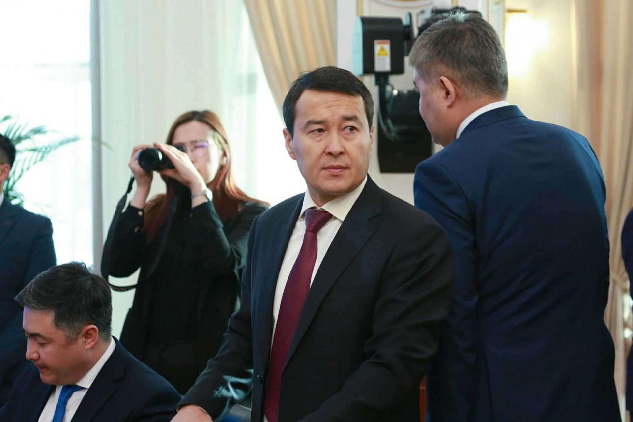 Алихан Смайлов