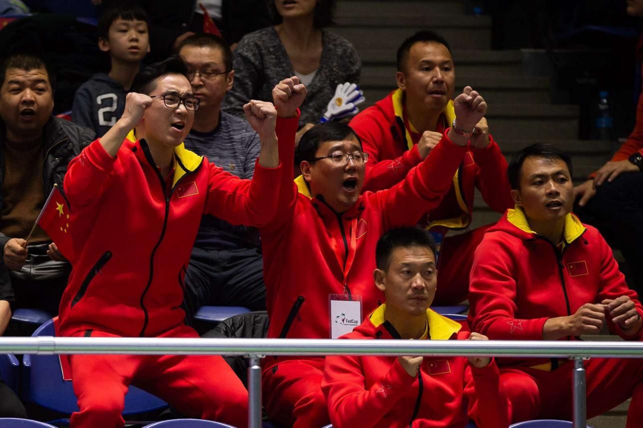 Китайские теннисистки не остались без поддержки болельщиков