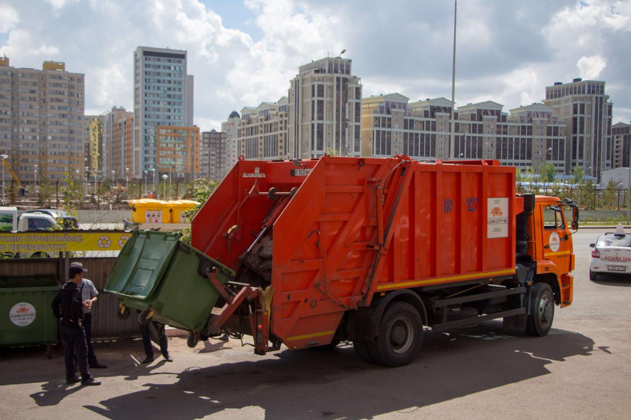 В Казахстане внедряют раздельный сбор ТБО